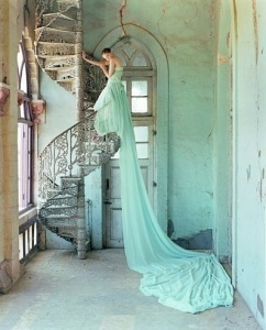 sposa scala chiocciola
